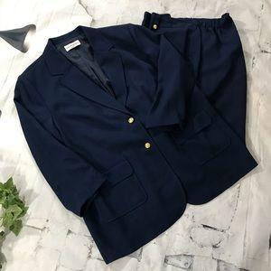 Blue Bloomingdale's sz 22W lined capris & jacket